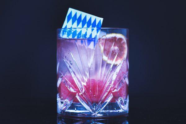 Gin&Tonic mit Moorgin und Aqua Monaco mit Liebherzessenz